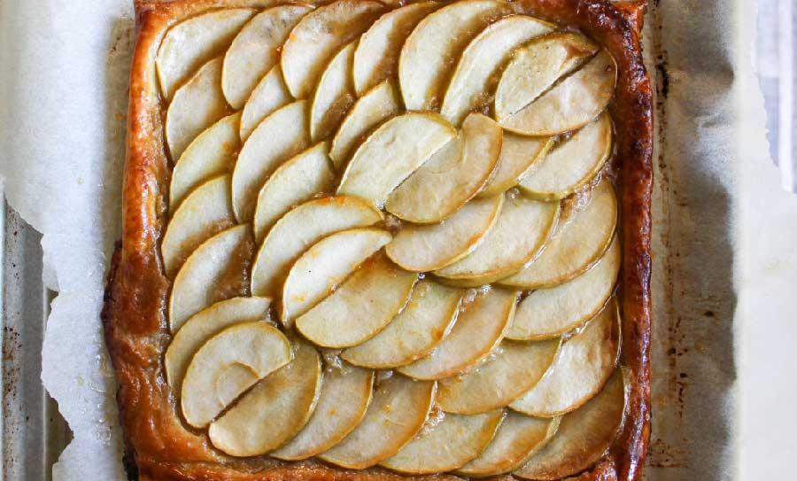 Tarta de manzana con mantequilla